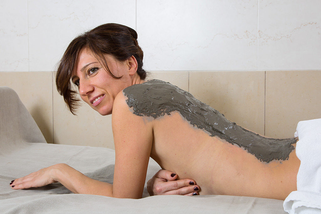 Applicazione fango termale